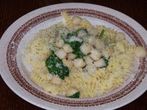 YUmmy sauted scallops over gluten free pasta